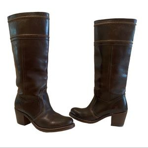FRYE dark brown leather pull up boots